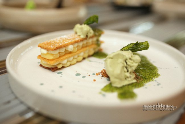 Lemon Tart with Basil Ice Cream (S$19)